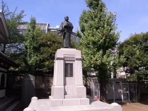 大石内蔵助の銅像(泉岳寺)